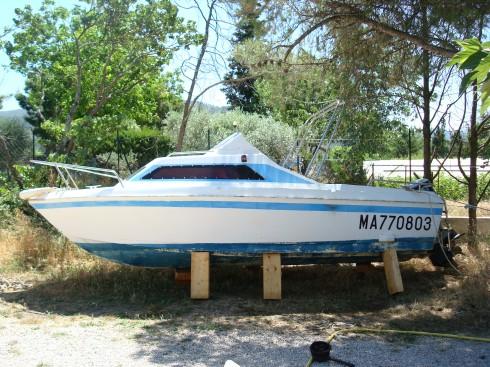 bateau a moteur neptune