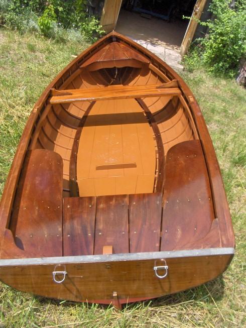 bateau moteur occasion barque traditionnelle du lac d annecy 13 pieds 1 po 4 m tres 1975. Black Bedroom Furniture Sets. Home Design Ideas