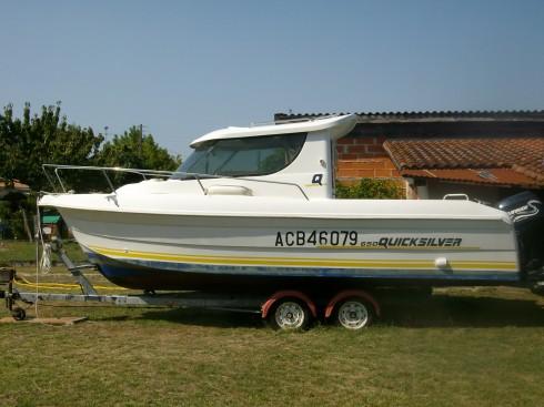 bateau moteur occasion quicksilver 650 camping 2000 quicksilver 650 camping bateau location. Black Bedroom Furniture Sets. Home Design Ideas