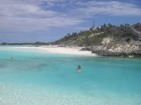 Une autre plage de sable blanc dans les Bahamas !