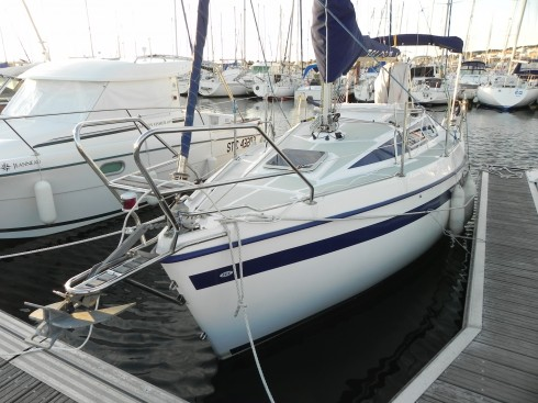 voilier occasion tes tes 720 d riveur int gral 23 pieds 7 po 7 2 m tres 2008 coque bateau. Black Bedroom Furniture Sets. Home Design Ideas