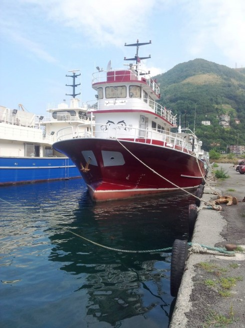navire pour la peche en mer de 30m récemment rénové