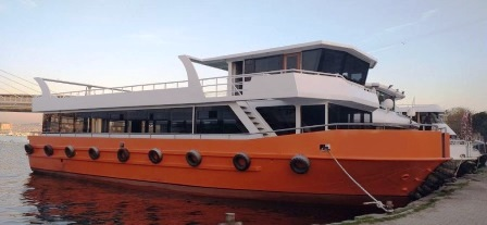 Bateau excursion restaurant de 24 m 150 passagers avec moteurs 2 x 540 CV Yuchai (3)
